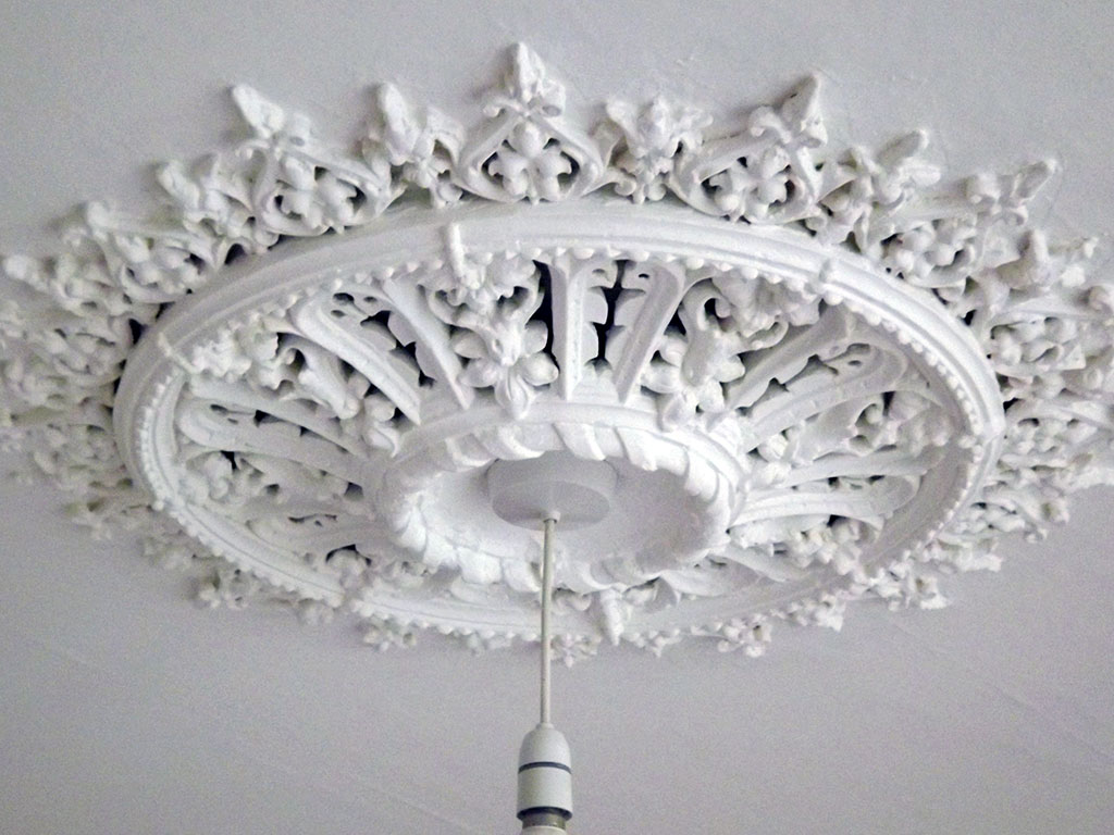 Ceiling Rose, stripped and repainted